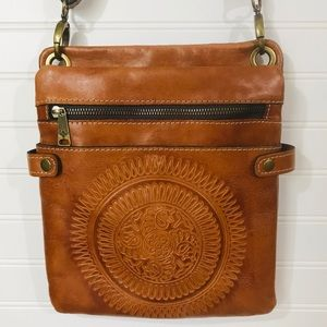 Patricia Nash Tan Leather Boho Crossbody Bag EUC